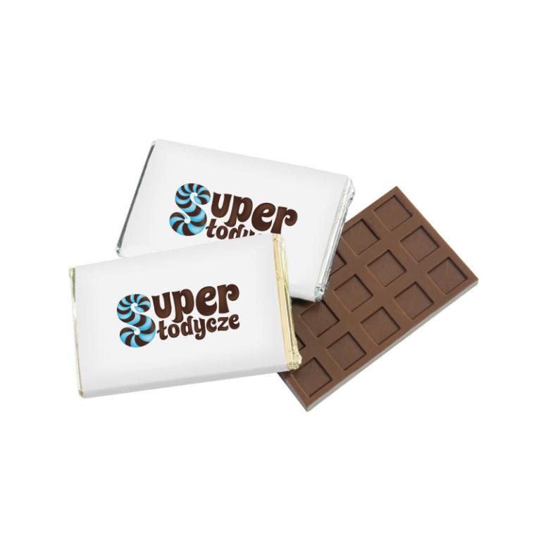 Pyszne czekoladki reklamowe w schludnym opakowaniu
